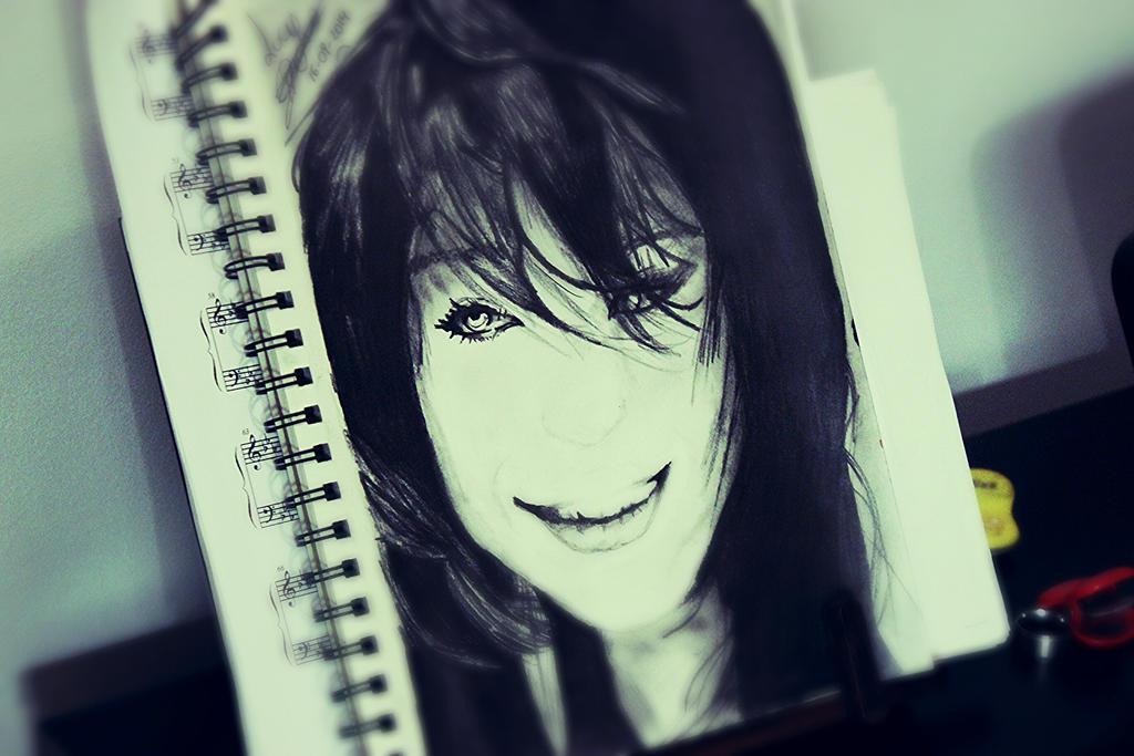 Lucy by Plamen777
