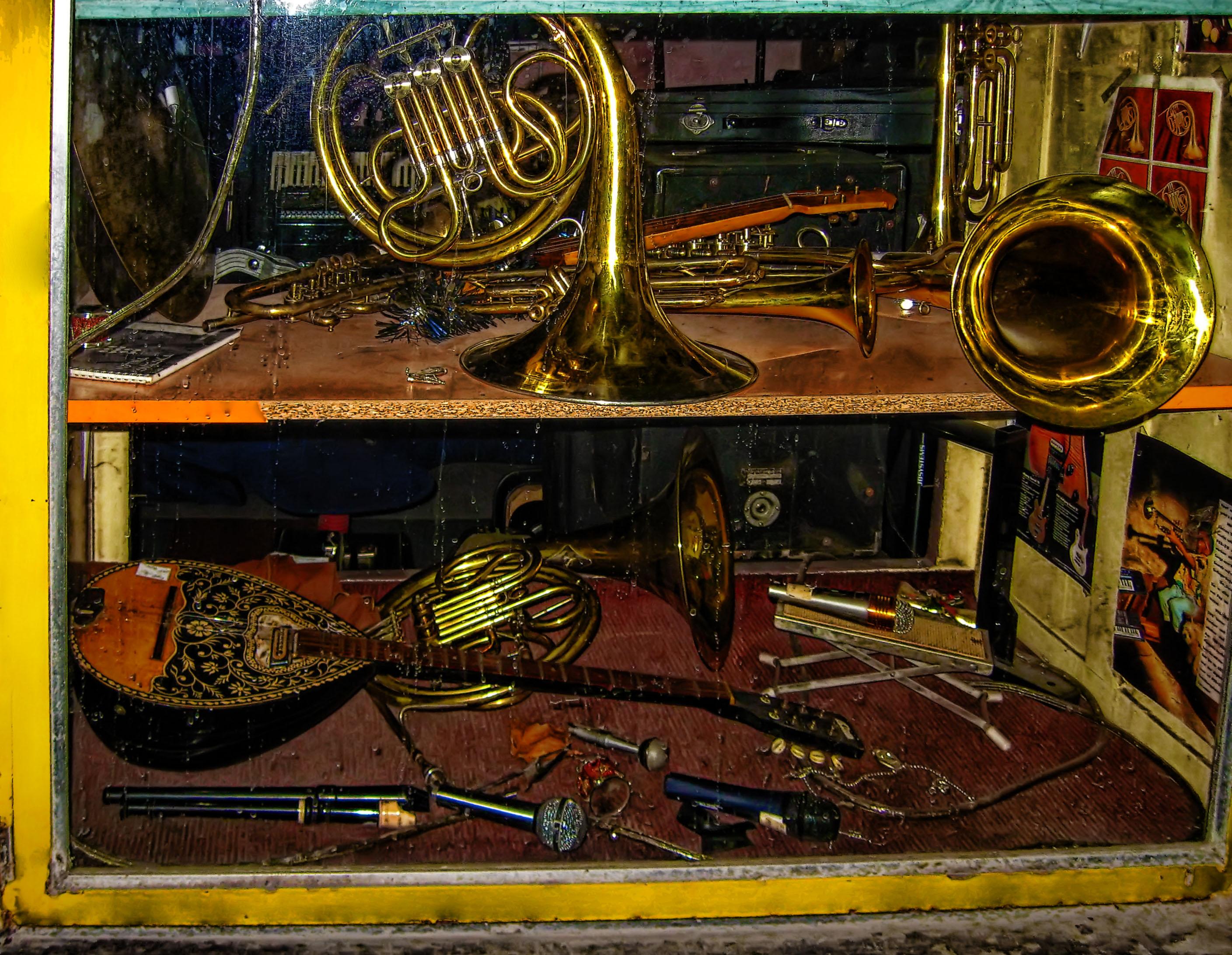 second hand music instruments by medagritzko on deviantart. Black Bedroom Furniture Sets. Home Design Ideas