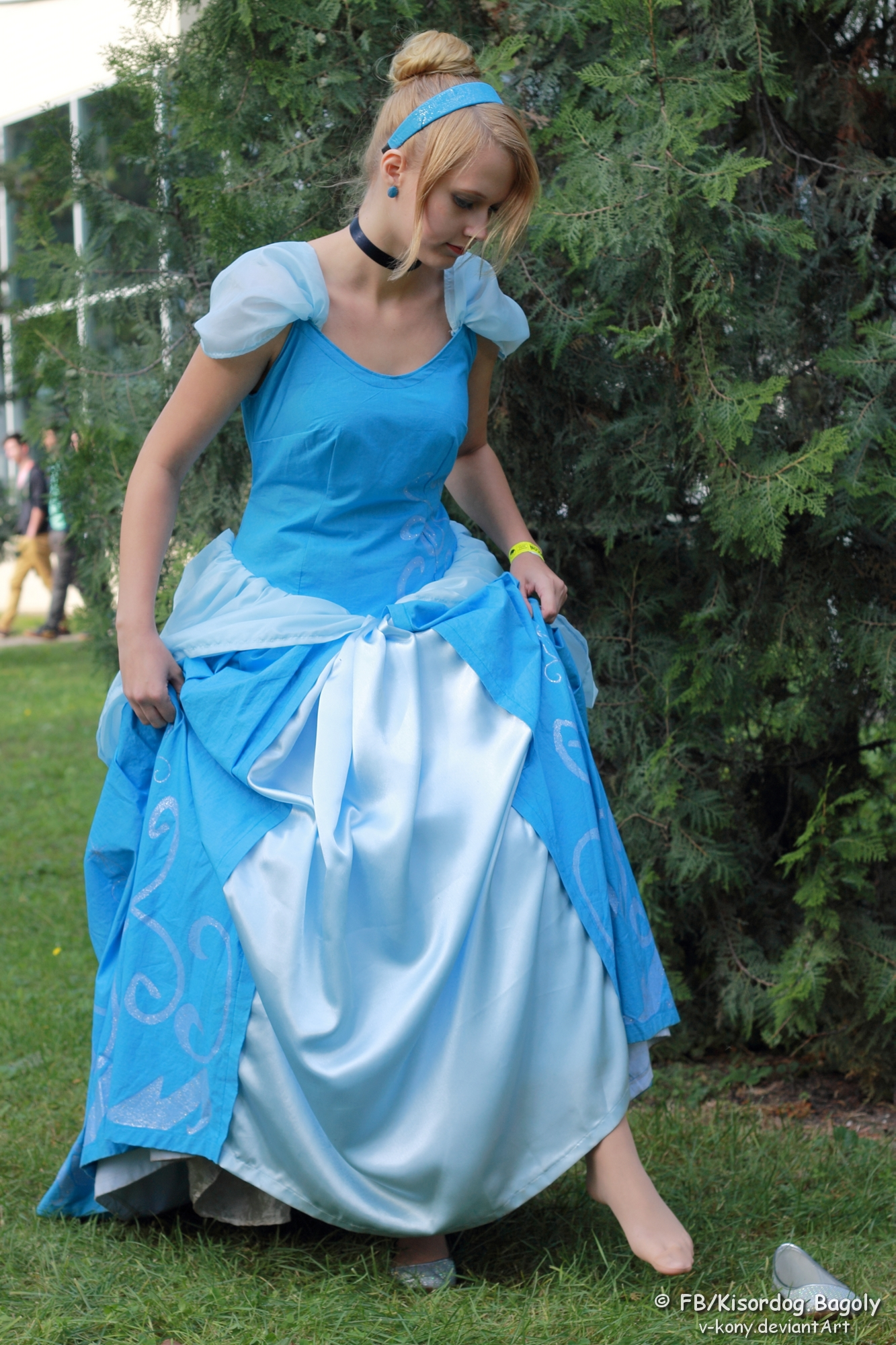Cinderella And Her Lost Shoe 2 By V Kony On DeviantArt