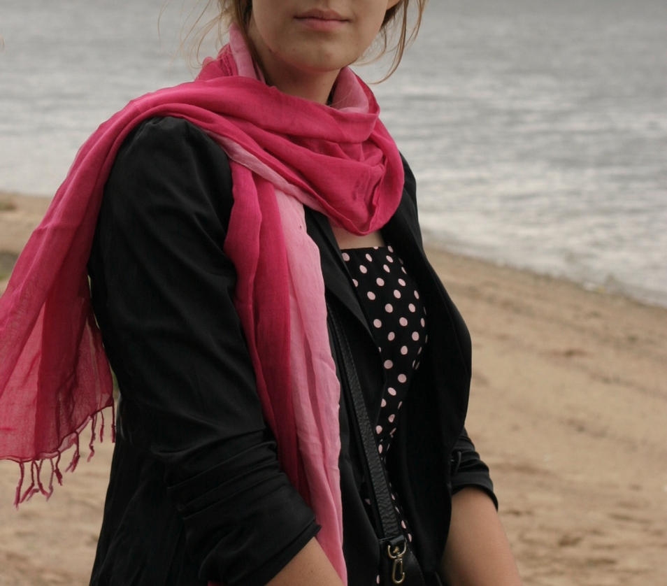 woman by teplione