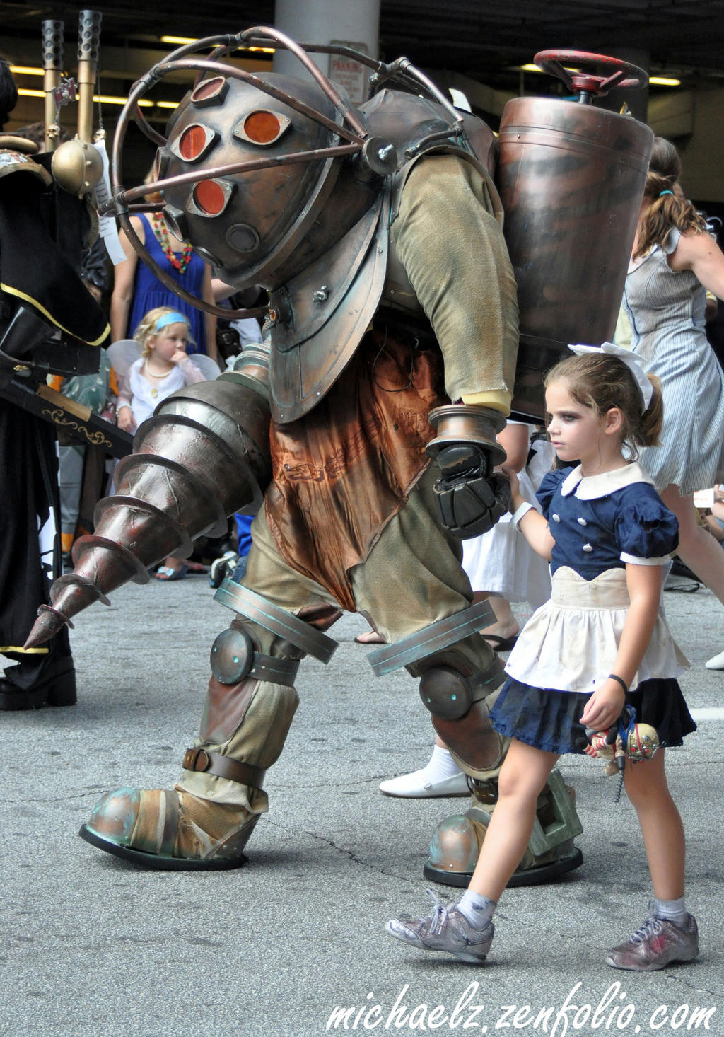 BioShock Cosplayers @ DragonCon Parade 2012 by djzippy