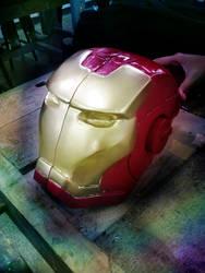 Iron Man by lari-elassea