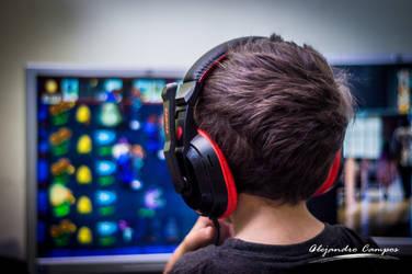 Santiago - Gaming by Alecampos77