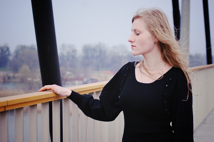 Iza on the bridge by ladyang