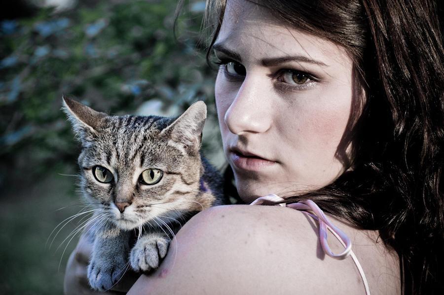 Tumblr Girl Holding Cat