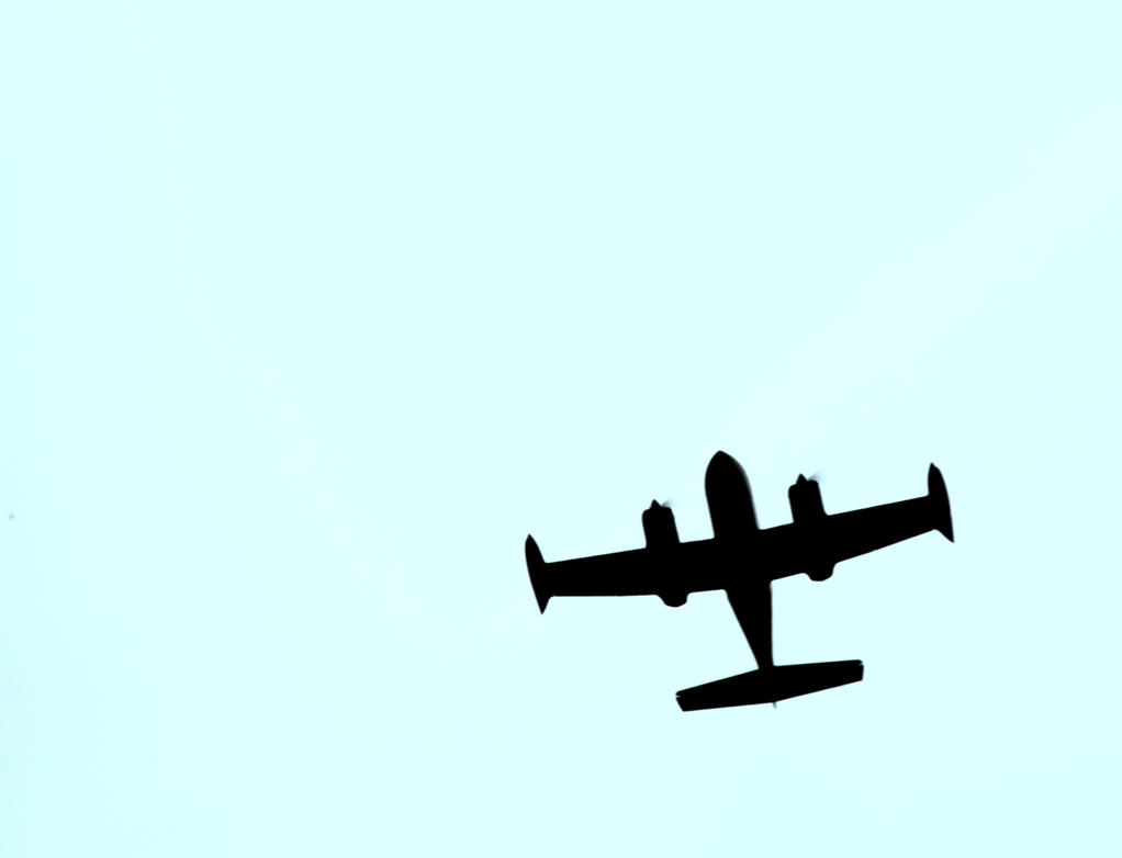Airplane by linus9302