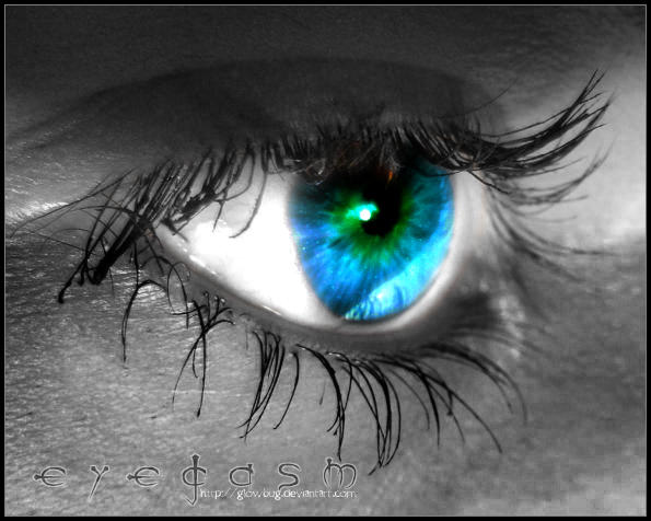 eyegasm by GlowBug