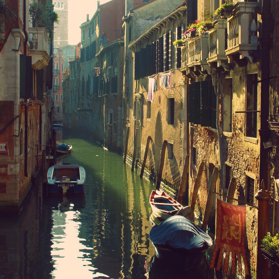 Streets of water, Venice by Soeky148