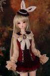 Xi Shi in rabbit clothes