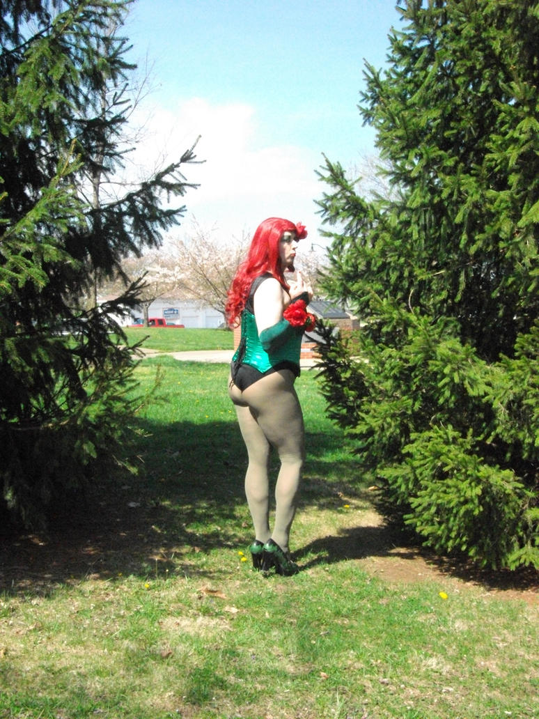 Poison Ivy Springing Out by doctorderanged