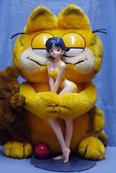 Garfield loves Ami by Heibi