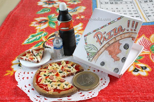 Pizza - Clay Miniature, scale