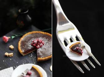 Miniature 'Chocolate tart with raspberries' - 1 by thinkpastel