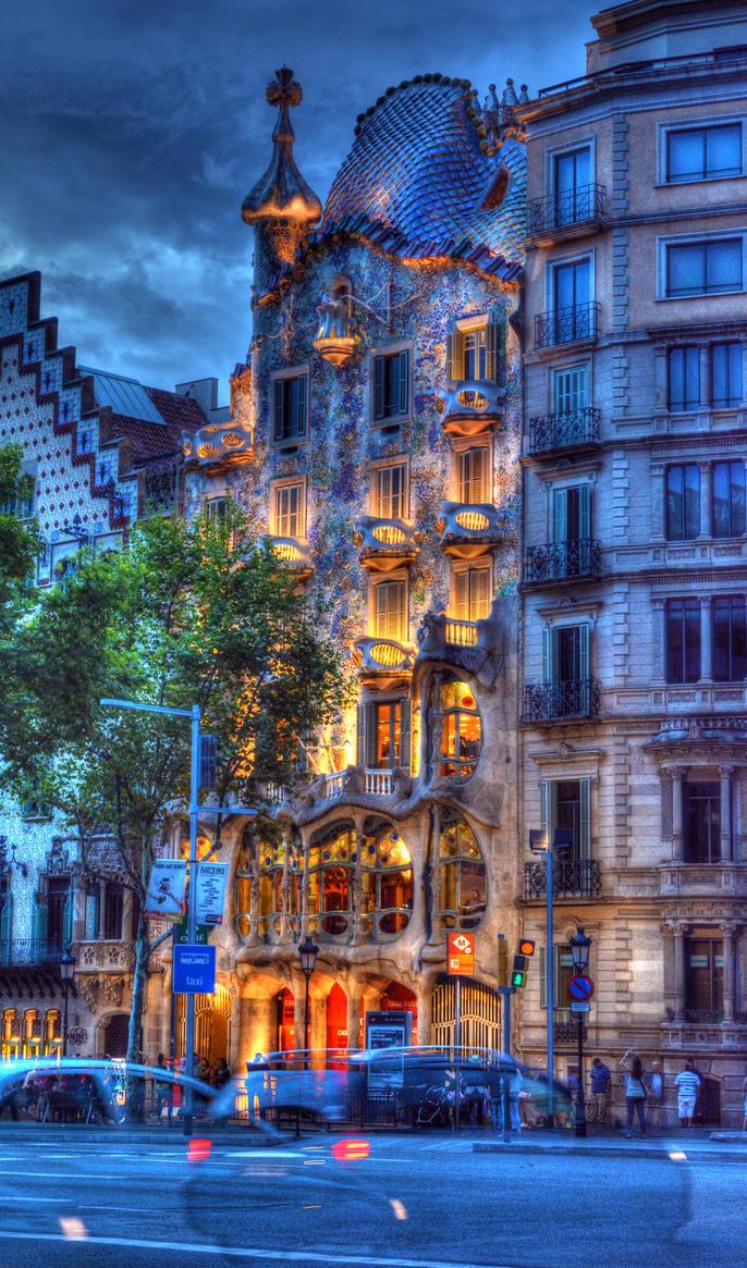 Antoni Gaudi's Casa Batllo 23 by abelamario