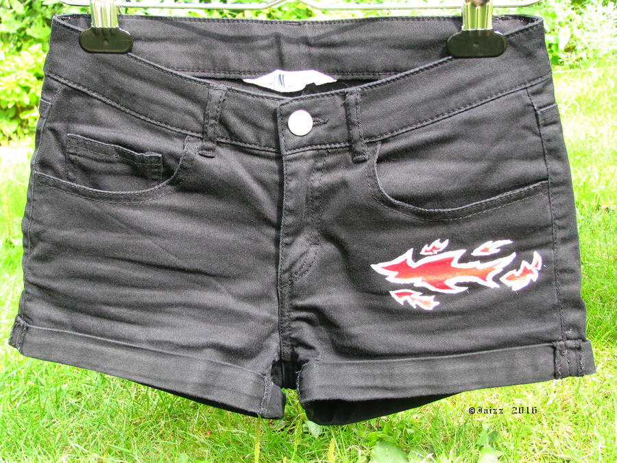 Shorts: Pattern and Falmes 1 by Jaizz