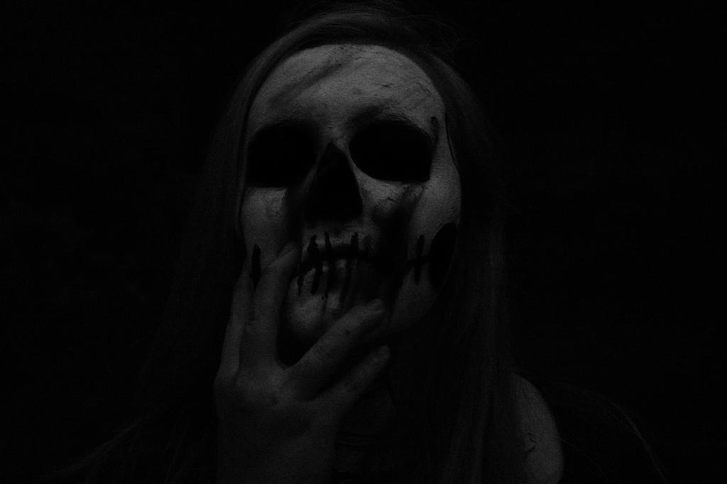 Drip bones by StarryEyedDayDreamer