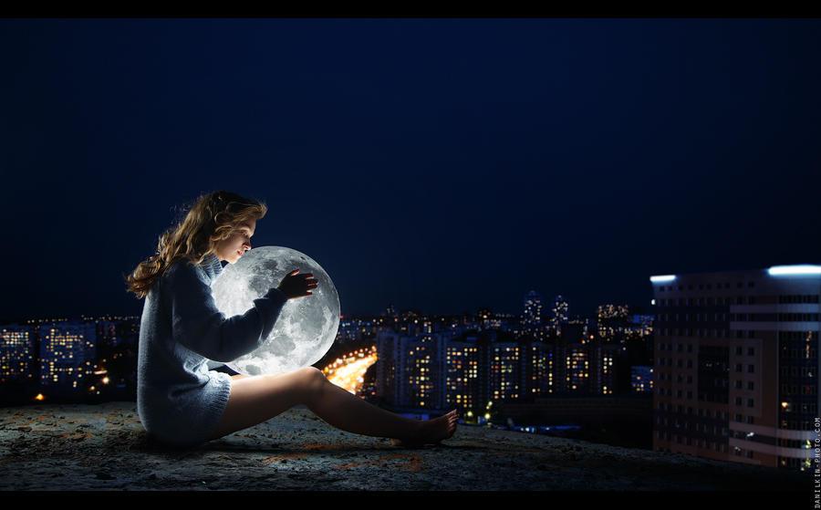 Girl with moon by danilkin54