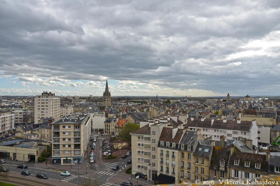 Caen by liketheflowingrive