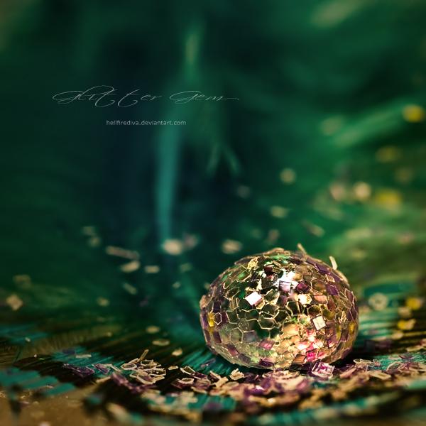 : glitter gem : by hellfirediva
