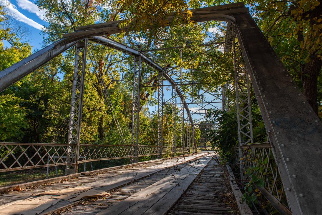Southern Villa Bridge - Tulsa, OK by SunsetSailor