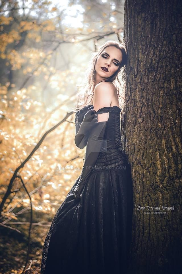 Autumn by RikaRebel