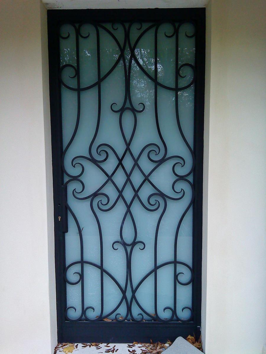 Door porte fer forge by cleementornot on deviantart for Model porte en fer forge