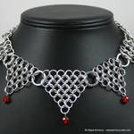 Red Dagger's Point Necklace