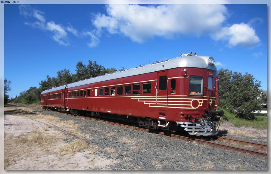 Byron Bay Train by JohnK222