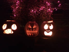 glowing spoopy pumpkin