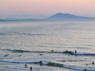 Crepuscule  sur la plage de la Milady by Triplechoc