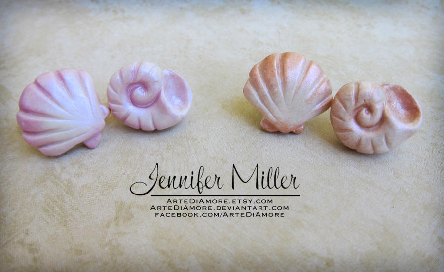 Seashell Earrings by ArteDiAmore
