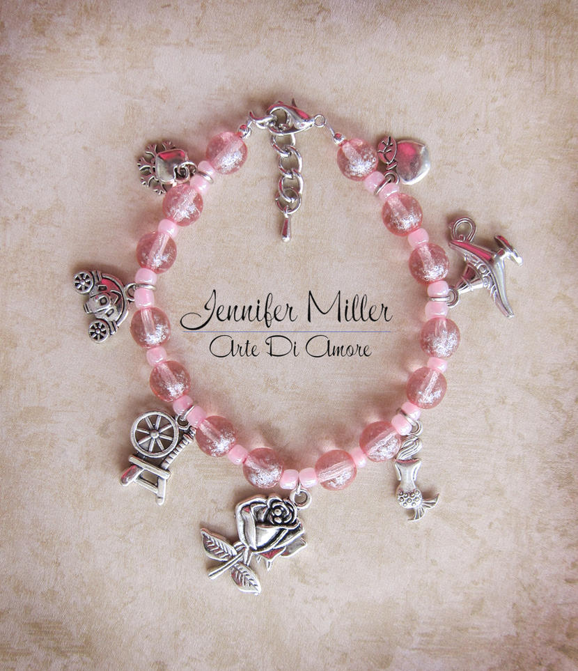 Disney Princesses Beaded Charm Bracelet by ArteDiAmore