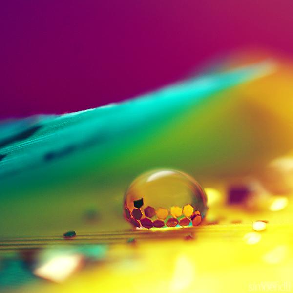 colorful glow. by simoendli