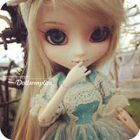 Nevaeh (Pullip Romantic Alice) by dollsrmylife