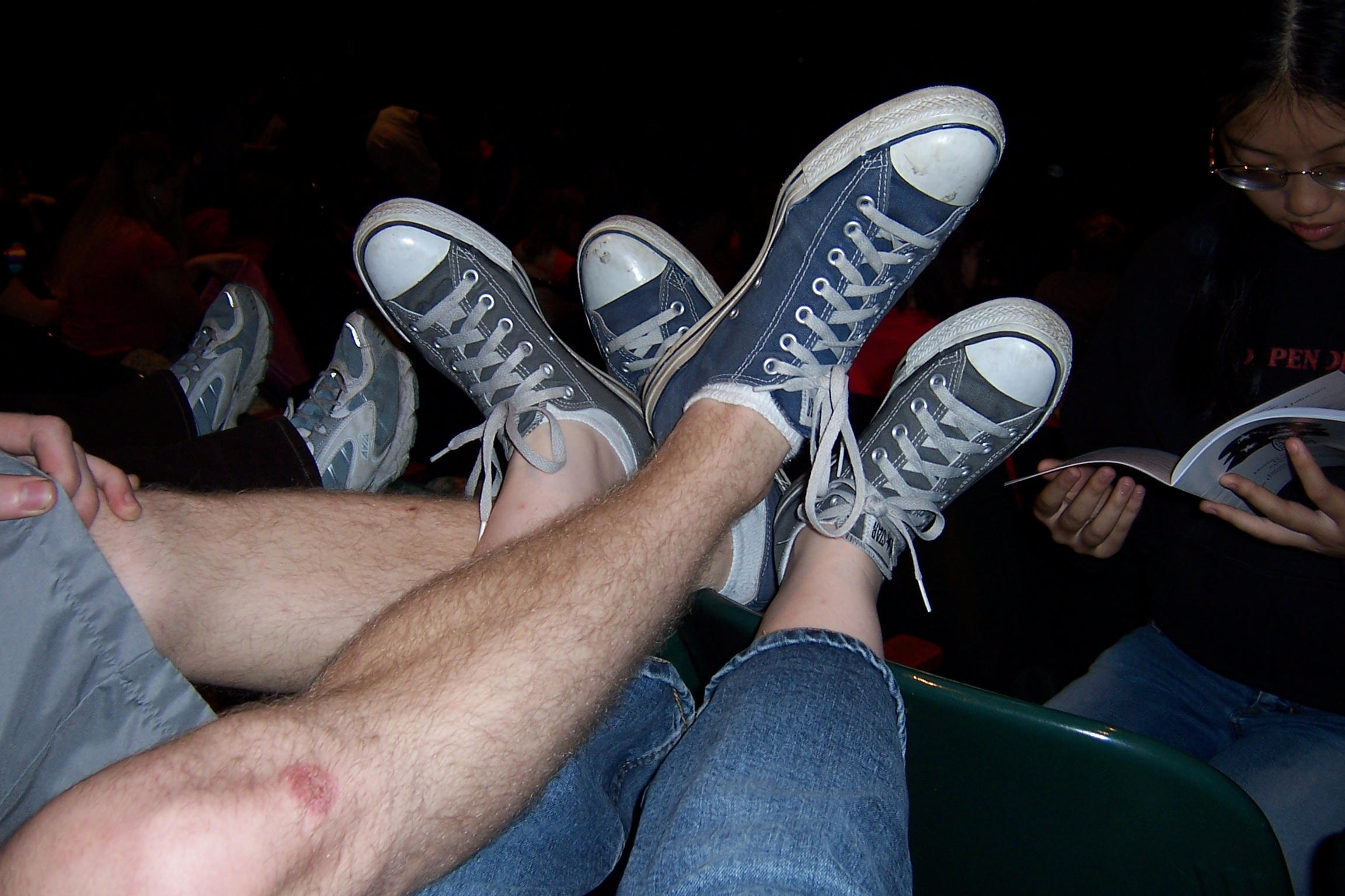 pin converse couple couples cute facebook covers on pinterest
