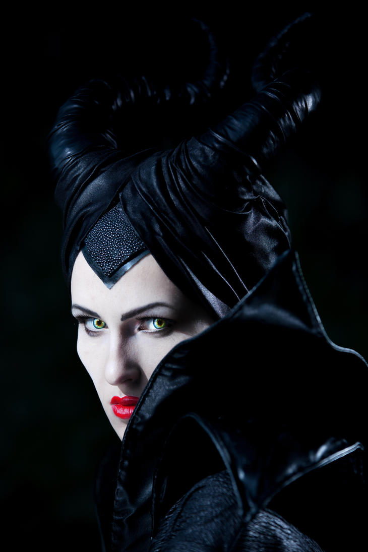 Maleficent by Hidory