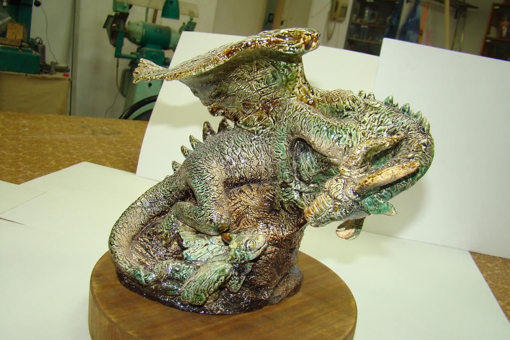 dragons_by_sapsanka-d8y1jge.jpg