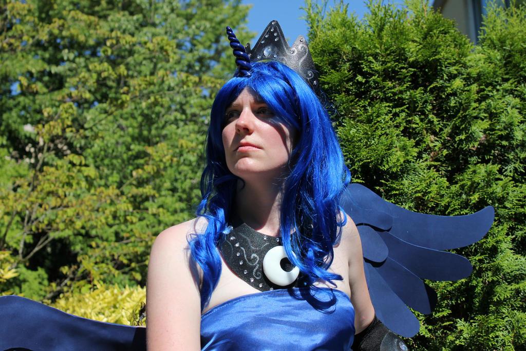Princess Luna by faerylight