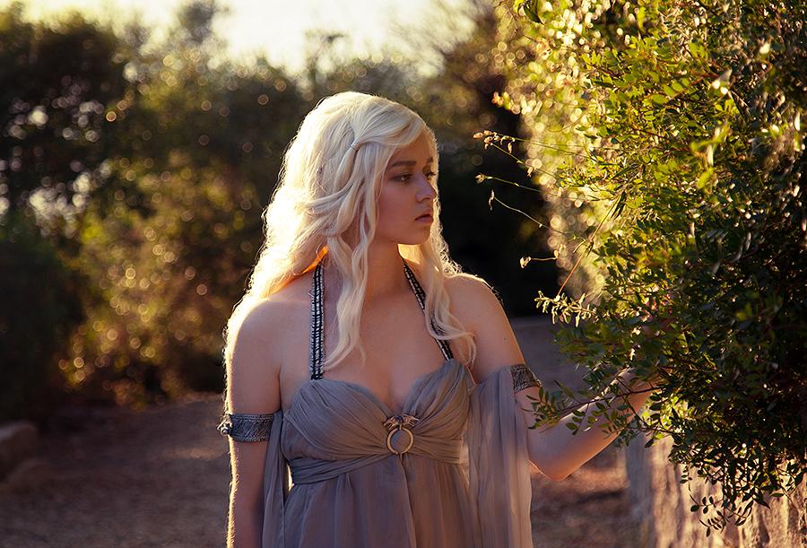 Daenerys by RiHarusame