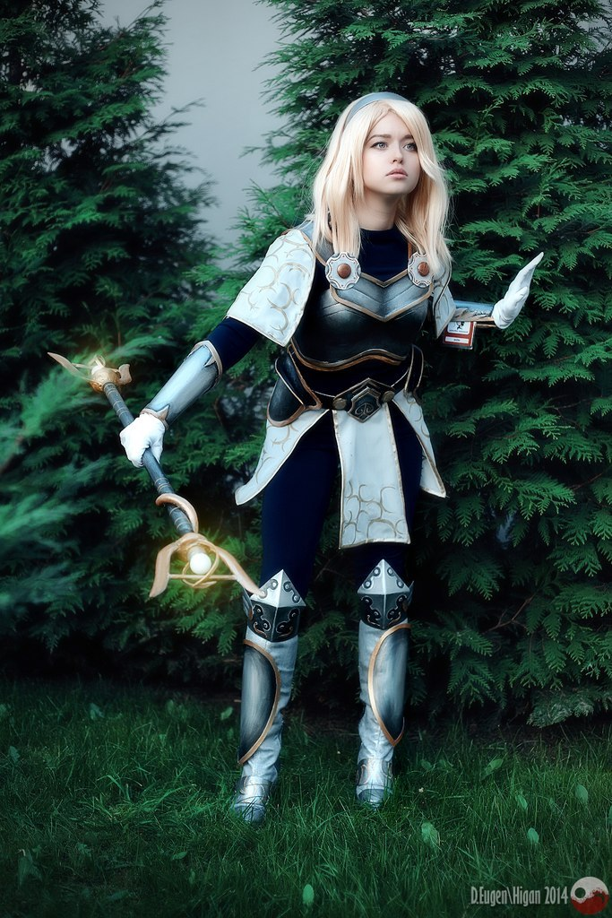 Lux- league of legends by RiHarusame