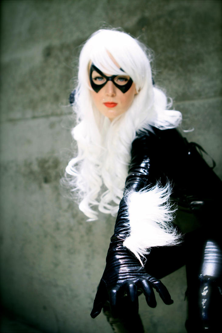 Black Cat - Claws by Lady-Kathryn