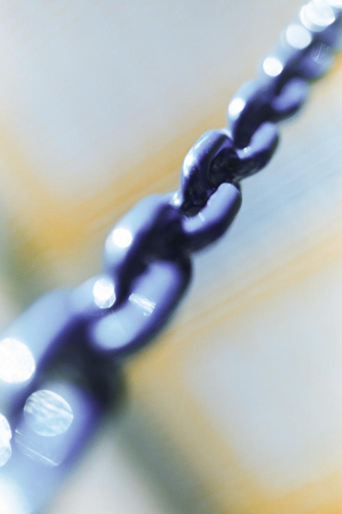 Chain It by DizzyCowPhotography
