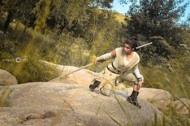 REY - STAR WARS THE FORCE AWAKENS COSPLAY