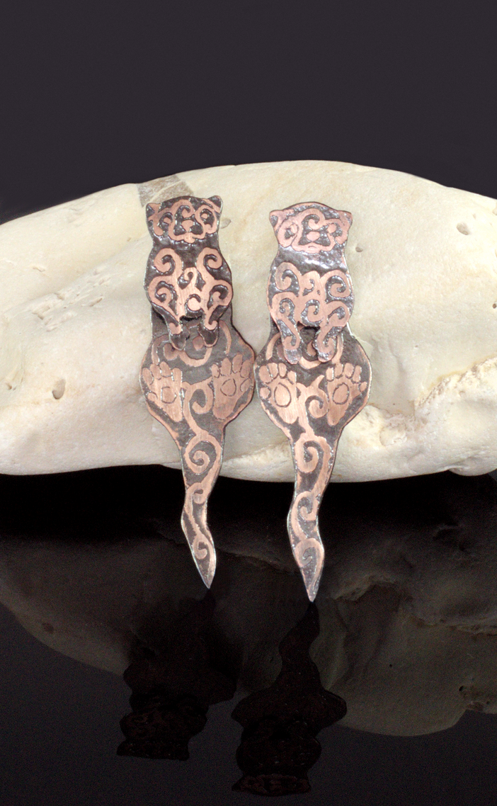 Etched Copper Otter Earrings by Gardi89