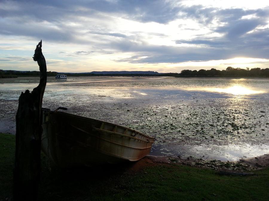 lake by kalascee
