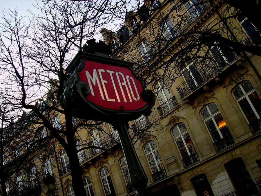 Metro by wetGround