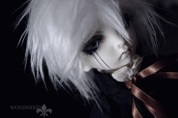 Hamlet: Dark boy by PrinceKarakuri