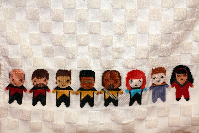 Star Trek: TNG by SweetNerdyCakes