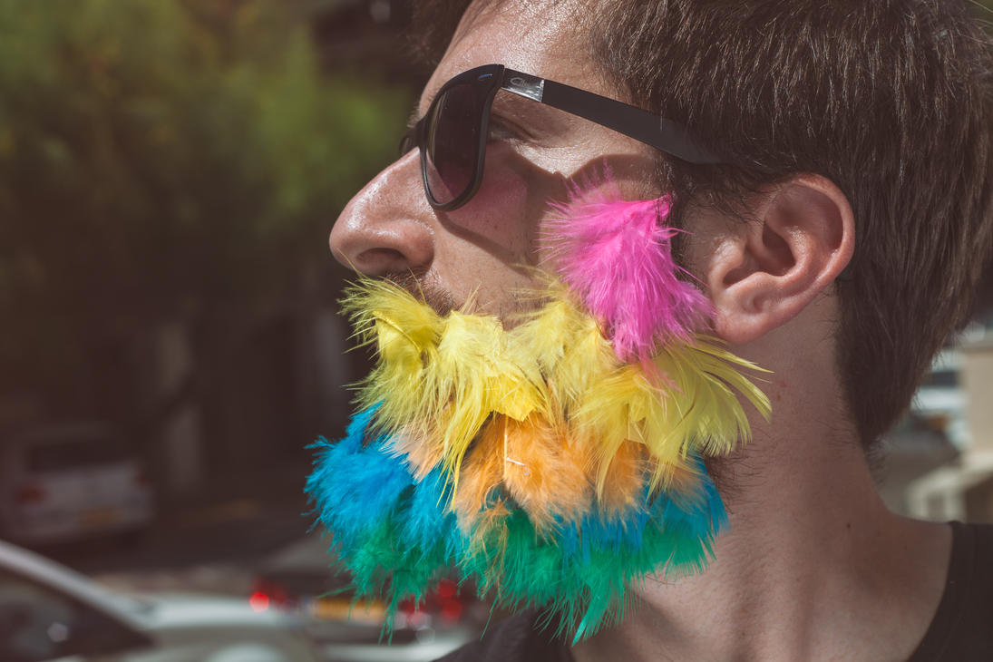 Feather-beard by saarben