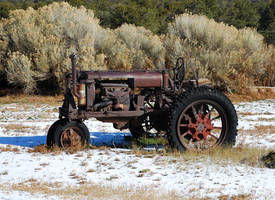 Antique Tractor by Phenix59